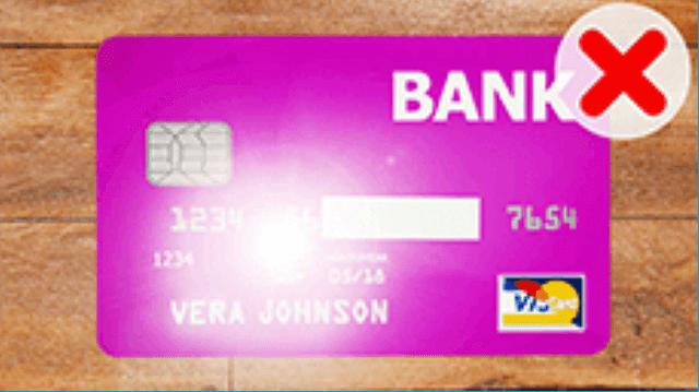 クレジットカード情報の間違った撮影の例